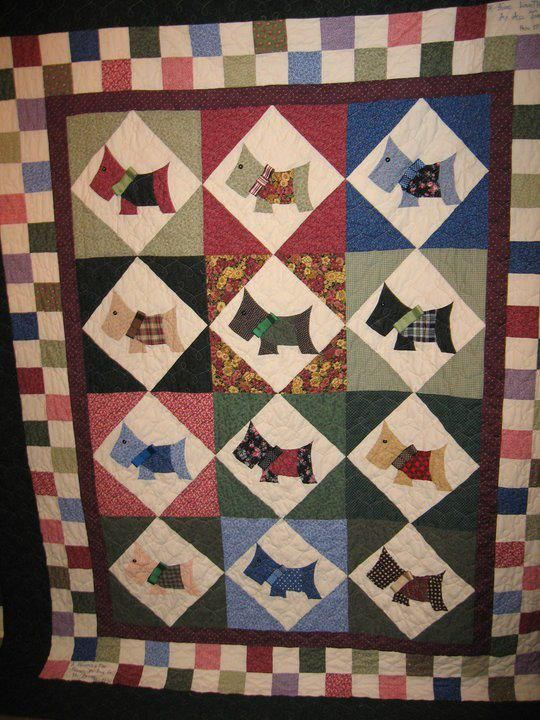 Quilt Pattern For Scottie Dog : 77 best images about Scottie Dogs: Quilt on Pinterest Quilt, Scottie dogs and Applique quilts