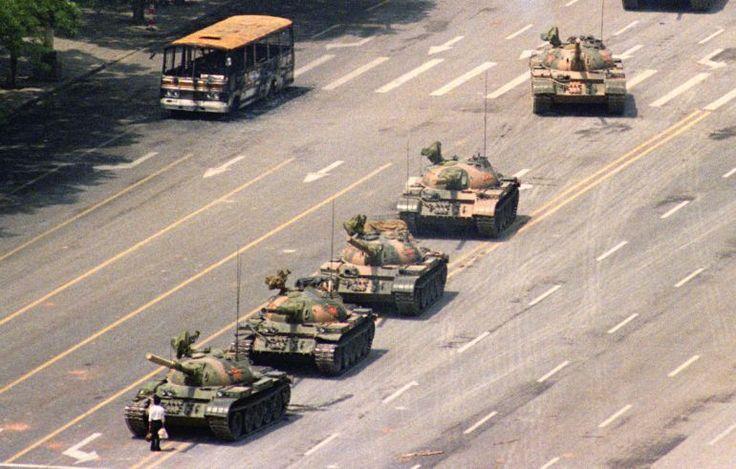 El chico de Tiananmen, Pekin | 5 de Junio de 1989.