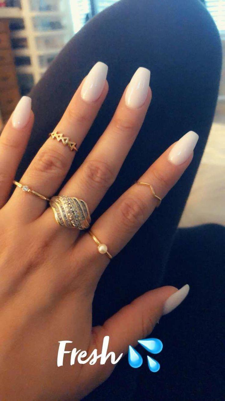 Weiche weiße Sargnägel #beautifulacrylicnails