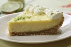 One of the most common uses for Peartree's Gluten Free Graham Cracker Crumbs is making gluten free pie crusts. You wouldn't believe how easy they are to make! In case you haven't tried yourself, we're going to share the instructions for the pie crust, as well as three indulgent pie options for you to try: pumpkin pie, key lime pie and berry cheesecake pie.