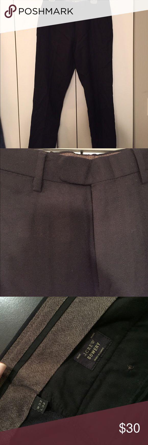 J. Crew Bowery Slim Fit Navy Dress Pants Bowery style slim fit J. Crew dress pants. Navy, great condition. 32,32. J. Crew Pants Dress