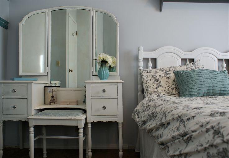 Cozy delicate room  https://www.facebook.com/2ndhomefurnishings/