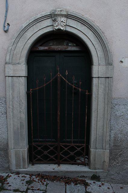 Ho pensato un po' al #Titanic, fissando questo cancello. Non chiedetemi #perché!