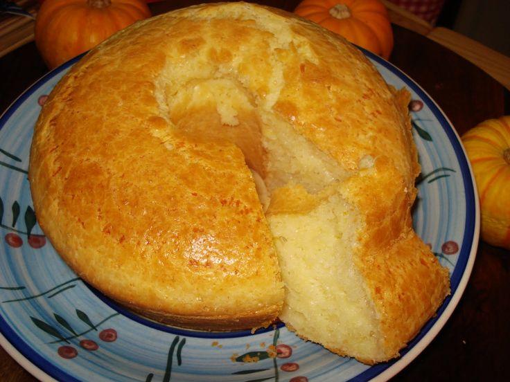 Aprenda a preparar a receita de Bolo de pão de queijo