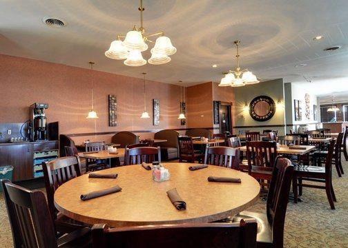 Country Kitchen Restaurant | Clarion Inn Hotel Ontario, OR