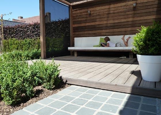 Overdekte lounge hoek tuinhuizen tuinaanleg pinterest lounges - Moderne hoek lounge ...