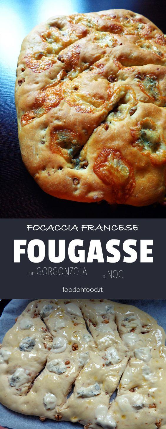 Fougasse - focaccia con gorgonzola e noci. Può essere semplice senza il condimento o preparata con l'aggiunta di formaggi di tipo blue, noci, olive o anche di acciughe. Morbida dentro e saporita.