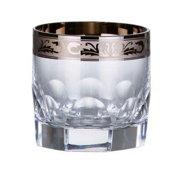 Un set de 2 pahare Crystal de Bohemia placate cu platina, personalizate cu un nume sau/si o data.