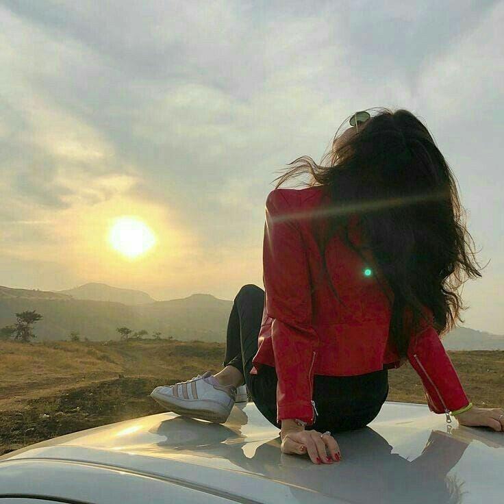 Visszatertel Charles Leclerc Selfie Photography Photography Poses Girl Photography Poses