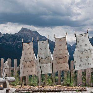 Hostess gift solved! Anouk linen aprons in fun alpine-themed designs @Anouk
