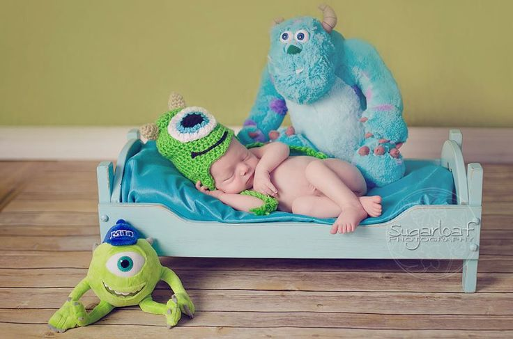 Adorable Disney themed infant photoshoot? Uh yes please! By sugarloaf photography                                                                                                                                                                                 More