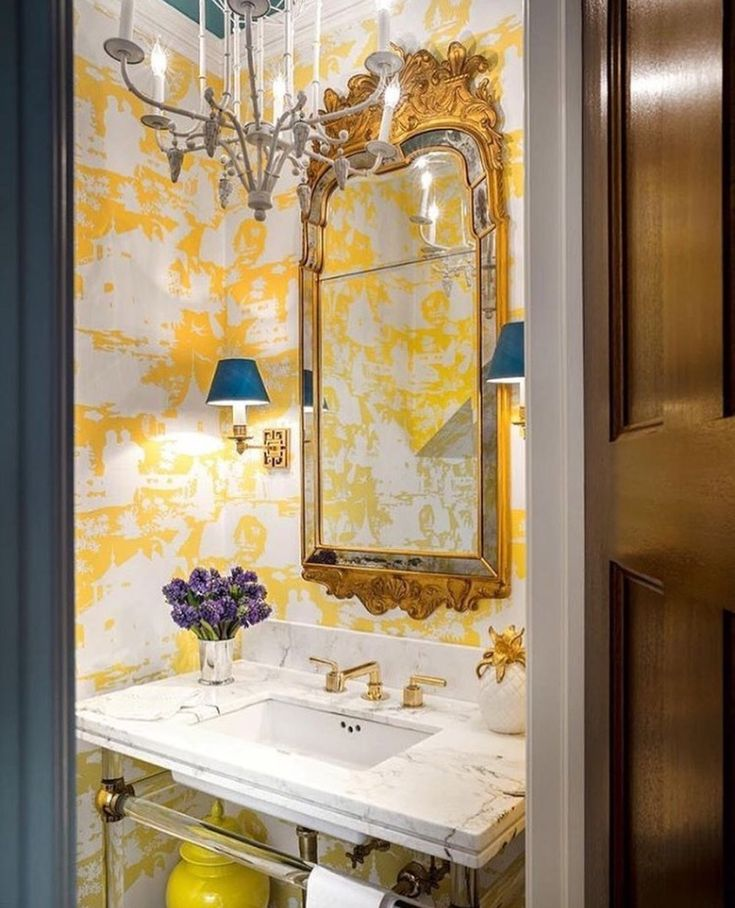 21 Best Toile Wall Paper Images On Pinterest: Best 25+ Powder Room Wallpaper Ideas On Pinterest