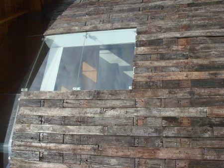Revestimientos sintético-minerales (acrílicos) en capa fina, para la impermeabilización, decoración y protección duradera de muros y techos.