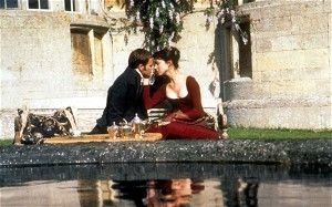 Johnny Lee Miller as Edmund and Frances O'Connor as Fanny in a 1999 film adaptation of Mansfield Park