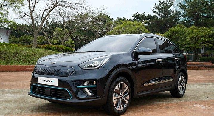 Kia Niro Ev Crossover Makes World Debut Range Of Up To 236 Miles Kia Hybrid Car Suv