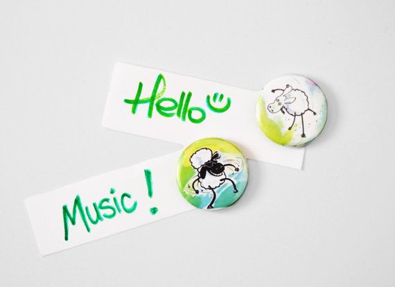 Magnet green crazy and funky sheep by FunkyFancyAnimals on Etsy, €5.80