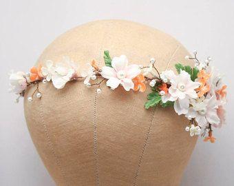 Moldeado pelo Floral Vine en melocotón y rubor con perlas, cuentas boda Woodland pelo Halo flor corona Boho boda nupcial pelo corona