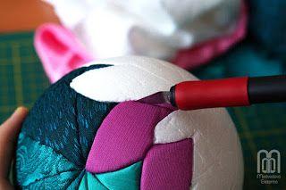 Мастер-Класс создание шарика с водяными лилиями в технике Пэчворк без иголки.