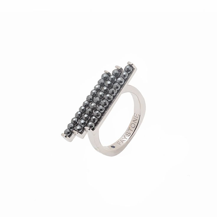 Virgo Ring | Platinum plated Sterling Silver 925 ring with hematite.