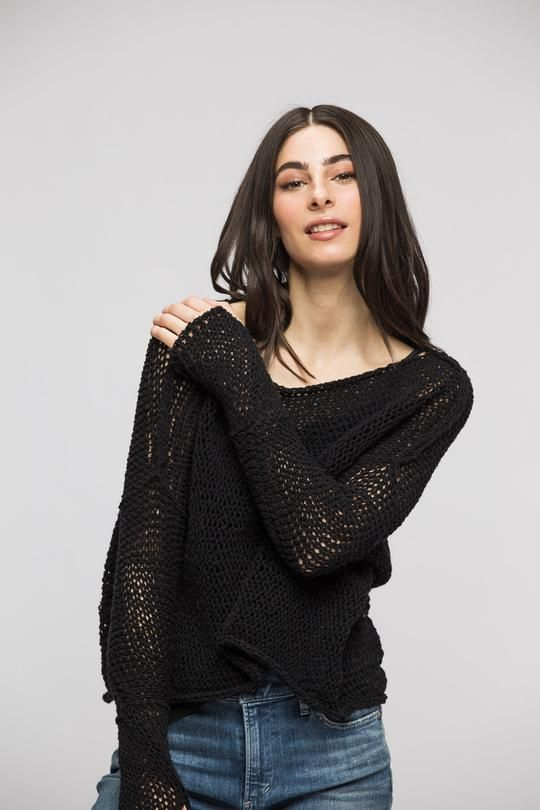 b4bf4db4c Black Loose knitted sweater . Thumb holes sweater