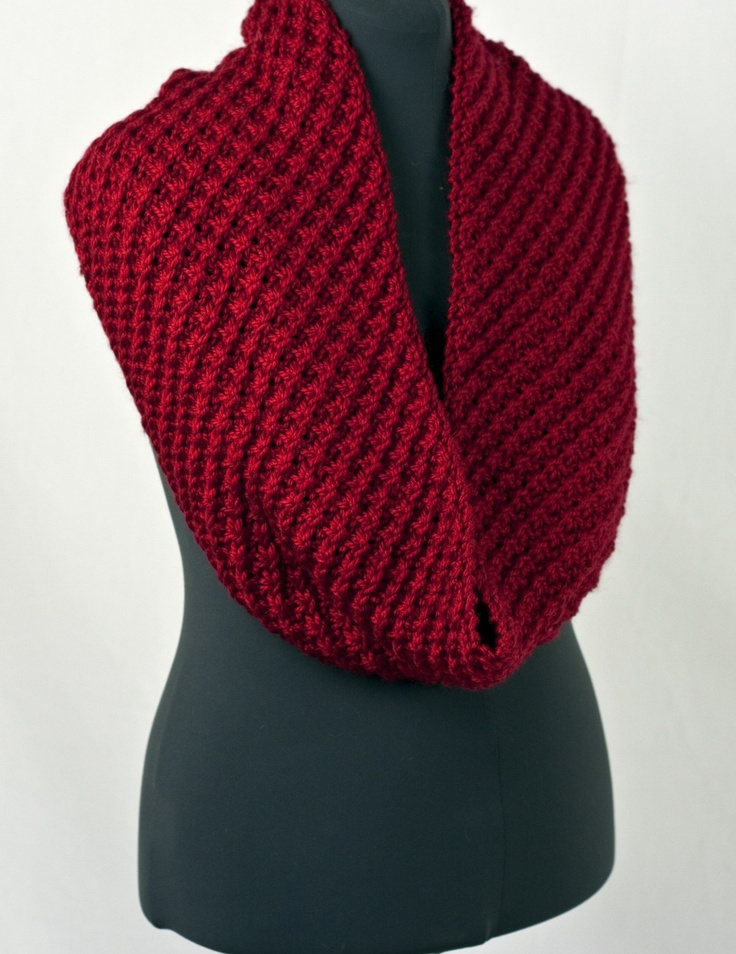 Knitted - Pacific chunky daisy cowl - Free pattern - Downloaded and printed