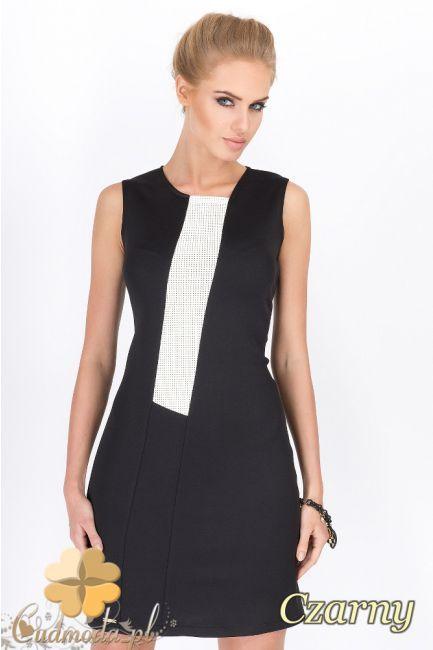Dopasowana sukienka damska z elegancką wstawką wykonaną z eko skóry wyprodukowana przez firmę Makadamia.  #cudmoda #moda #styl #ubrania #odzież #sukienki #dresses