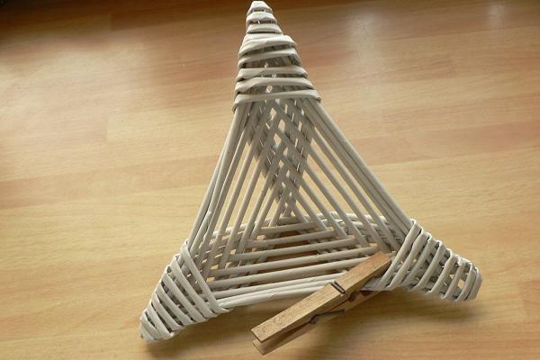 Fotopostup na papierové pletenie - pletená päť a šesťramenná hviezda 18