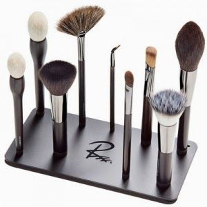 London Beauty Review: New in at Love Makeup - Viseart and Rae Morris Magnetic Makeup Brushes