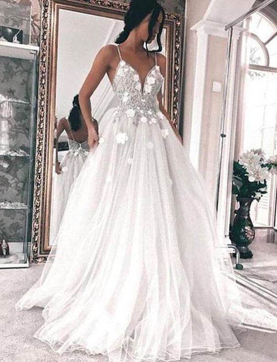 06c56709db A-Line Spaghetti Straps Floor Length Tulle Prom/Wedding Dress with Appliques