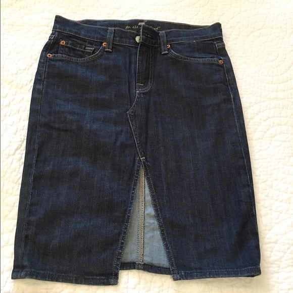 """7 for all mankind denim skirt, size 25 Everyone loves the versatility of a """"7 for all mankind"""" denim skirt. Roxy style, size 25. Cotton/ Lycra blend. Dark wash. Small wear mark near the skirt slit. 7 for all Mankind Jeans"""