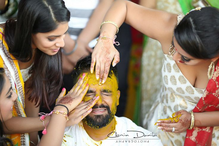 East Indian Wedding Rituals Punjabi Marriage Customs Photography Calgary Jaago Maiya Choora Chura Pictures Mehndi Portraits Ladies Sangeet