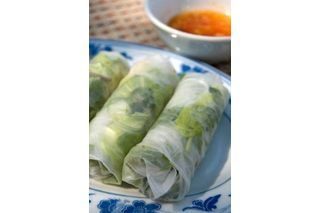 Rice paper rolls, also called spring rolls, are a healthy and tasty food that can be served as a meal or an appetizer. The wrappers of the rolls are hard to find pre-made in the organic variety. These directions teach you how to make your own organic rice paper wrappers and rolls. Fill your rolls with any ingredients of your choosing. Be creative...