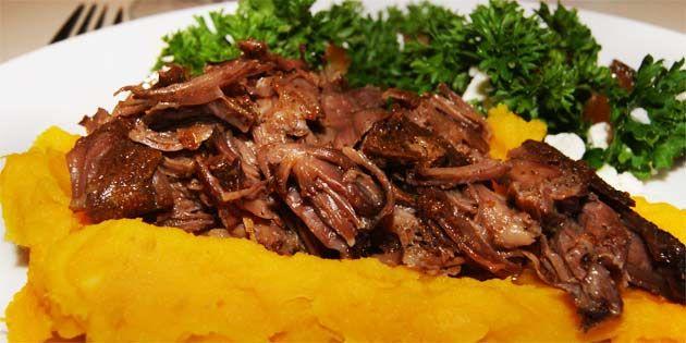 Svinekæber i stegeso - pulled pork style