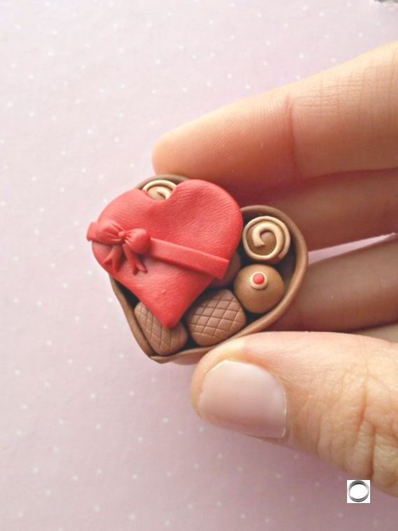 Valentines Day Gifts – Chocolate Box Brooch – Valentine's Day Love – Valentine's Gift for Her Wife Girlfriend,