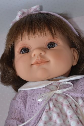 Realistická panenka Farita diadema