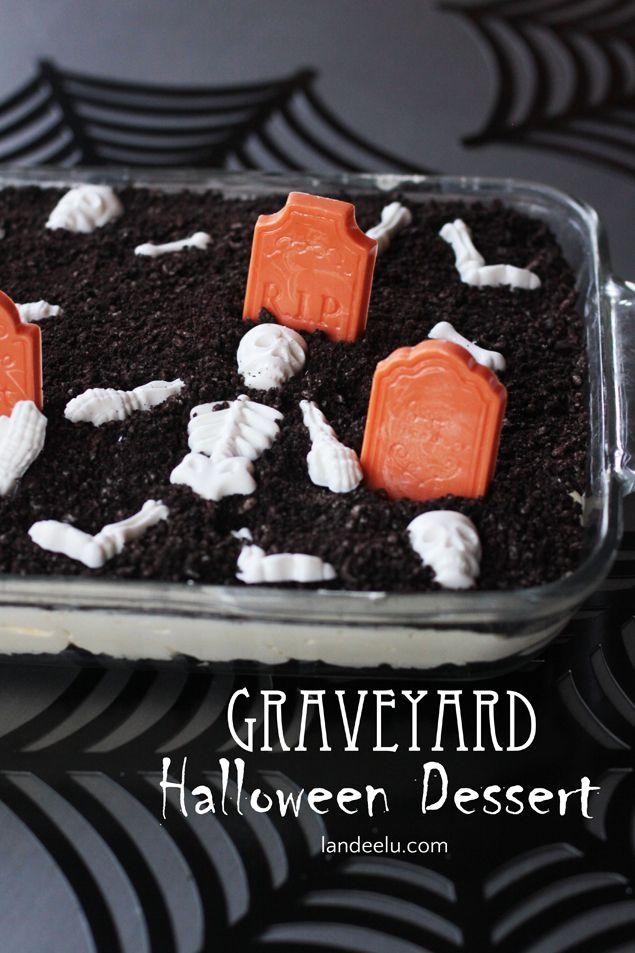 Graveyard Halloween Dessert: Fun idea for a Halloween party.