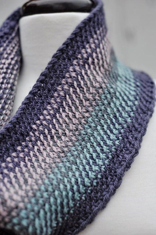 Scrappy split stitch cowl Knitting pattern by Barbara ...