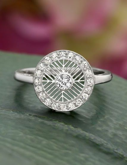 Unique vintage diamond ring
