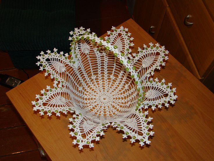 koszyczek z koralikami-moje wykonanie