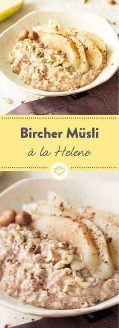 Birne Helene - als Schweizer Frühstücksklassiker statt französischem Dessert. Und mit einem Klecks Joghurt statt einer Kugel Eis.