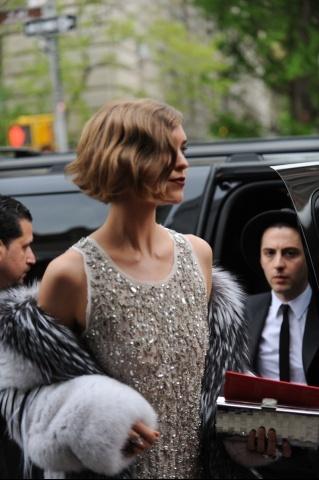 Arizona Muse @ The Met Gala Like her hair. 1920s look