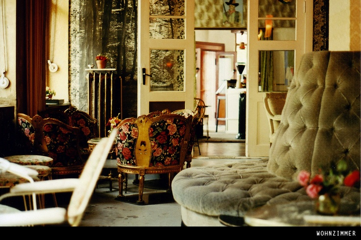 sandra juto berlin guide wohnzimmer homes interior. Black Bedroom Furniture Sets. Home Design Ideas