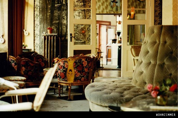 17 best images about wohnzimmerbar berlin on pinterest. Black Bedroom Furniture Sets. Home Design Ideas