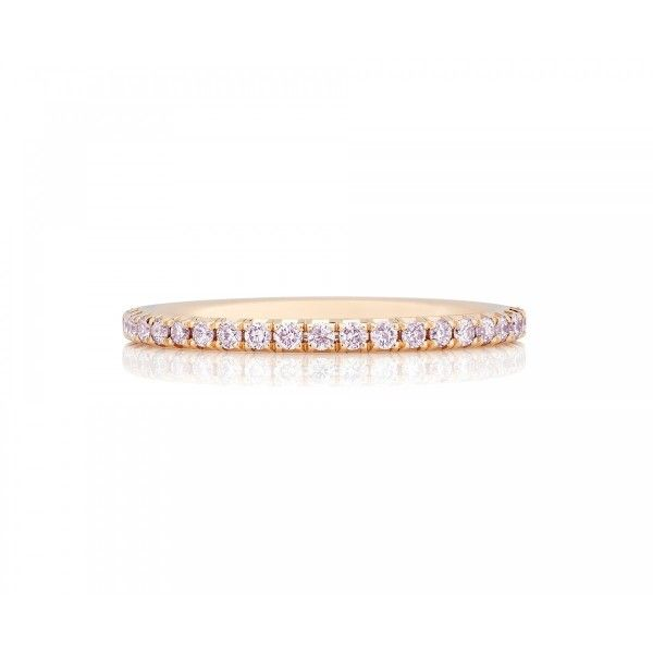 De Beets Aura Oink Diamond Pink Gold Band: http://www.stylemepretty.com/2016/06/26/celebrity-wedding-ring-trends/