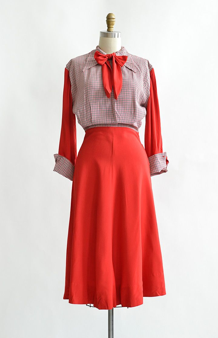 vintage 1940s classic red and plaid bow tie dress