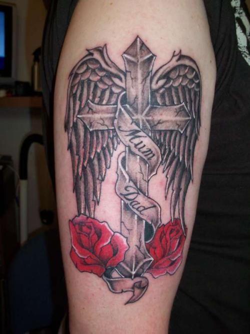 15 Remarkable Cross Tattoos For Men | CreativeFan