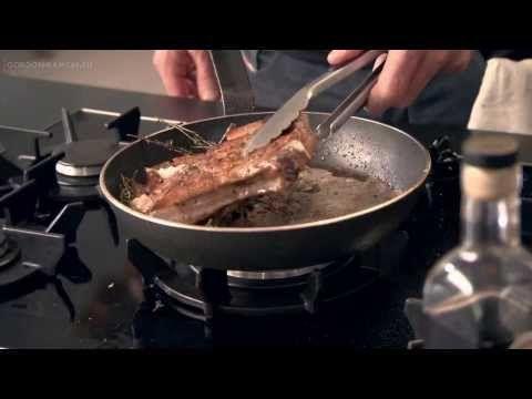Жареные свиные отбивные с перцем - YouTube