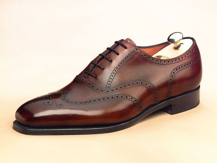 EDWARD GREEN, included in the best RTW shoes. read here