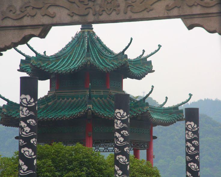 5092a Green pagoda