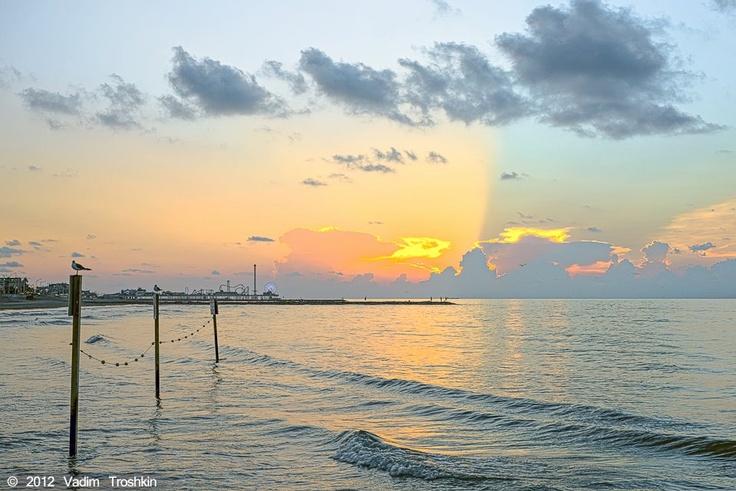 Pin by linda pyle bubel on third coast retirement for Galveston fishing pier cam